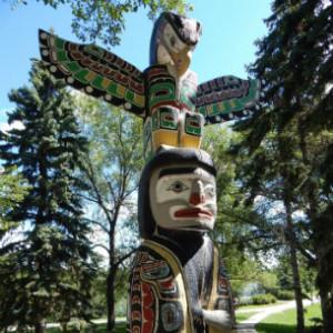 totem pole aboriginal cultural center